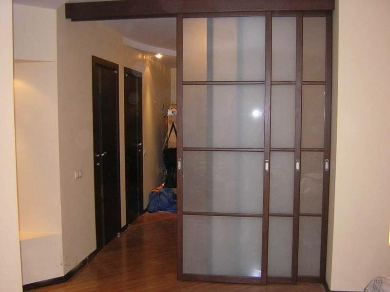 Виды раздвижных межкомнатных дверей