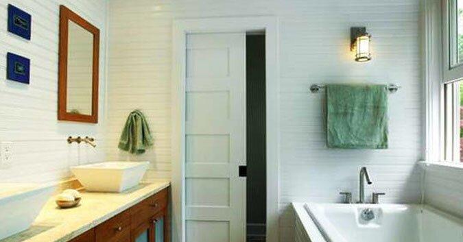 дверь купе в ванную