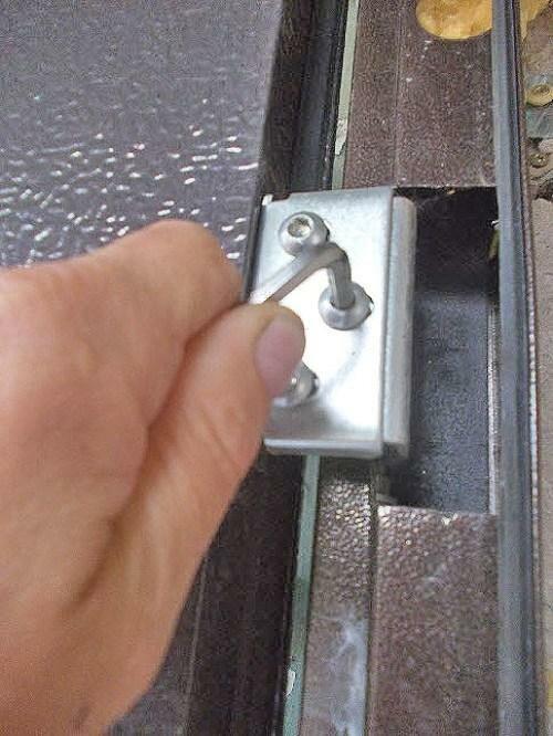 Как отрегулировать китайскую металлическую дверь