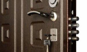 Вес металлической двери