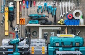 Как отреставрировать старые двери в домашних условиях