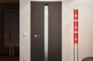 Как выбрать темные двери для интерьера